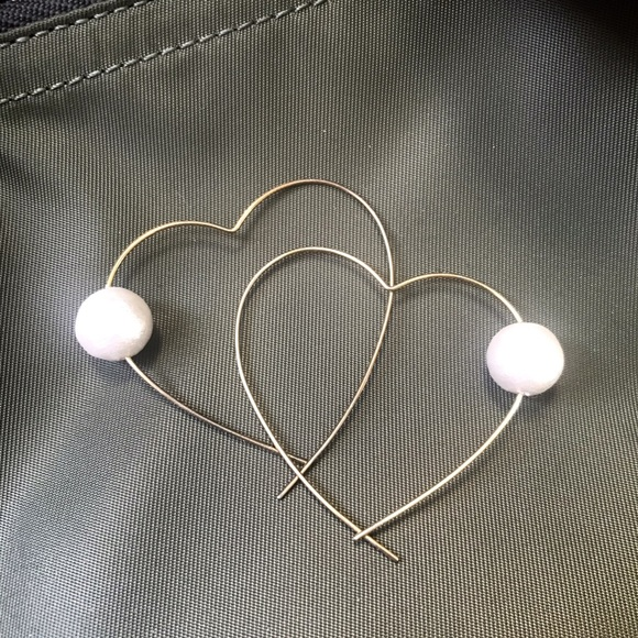 Jewelry - Heart shape hoops with cotton pearls